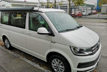 Hire a motorhome in Langenhagen from private owners| VW Timmi