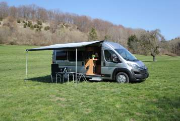Hire a motorhome in Bad Boll from private owners| Pössl Winnie und Rolf