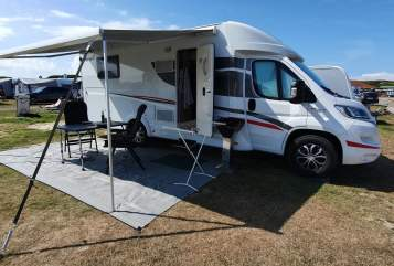 Hire a motorhome in Willingshausen from private owners| Sunlight Sunlight T68