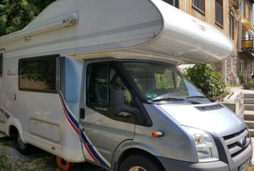 Hire a motorhome in Konstanz from private owners| TEC Super-Wohni