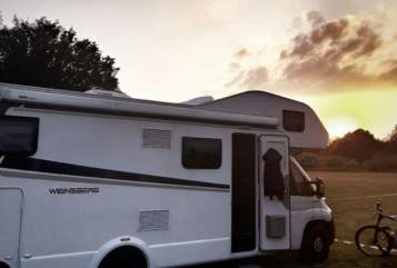 Hire a motorhome in Hünfeld from private owners  Weinsberg Campcar