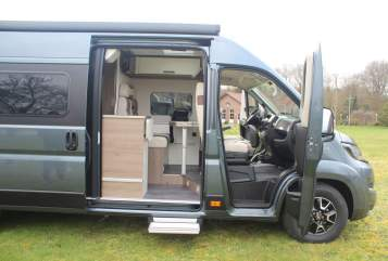 Hire a motorhome in Lingen from private owners| Mooveo MOOVEO