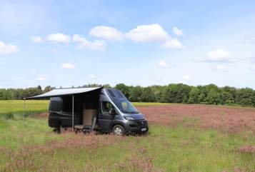 Hire a motorhome in Westergellersen from private owners| La Strada Avanti Family