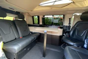 Hire a motorhome in Verl from private owners| Mercedes Bernies Camper