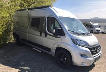 Hire a motorhome in Potsdam from private owners| FIAT LAIKA Wilma