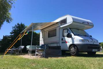Hire a motorhome in Borstel-Hohenraden from private owners| Bürstner  Curt