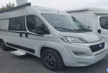 Hire a motorhome in Lörrach from private owners| Knaus CR 5961 ID45