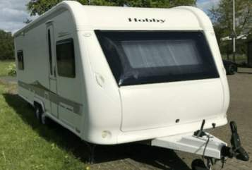 Hire a motorhome in Bremen from private owners| Hobby Eddi