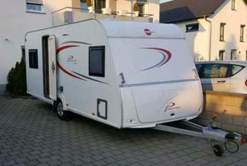 Hire a motorhome in Ehringshausen from private owners| Bürstner PREMIO FÜR 4
