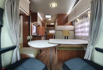 Hire a motorhome in München from private owners| Rimor WOMO Muc