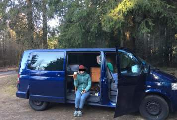 Hire a motorhome in Köln from private owners| VW Der Blaue Blitz