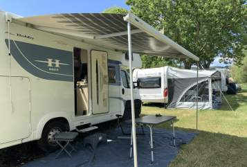 Hire a motorhome in Bühl from private owners| Hobby Streuner