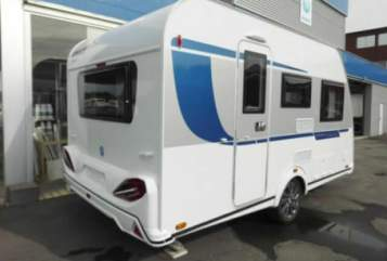 Hire a motorhome in Engelskirchen from private owners| Knaus Sport  Leo