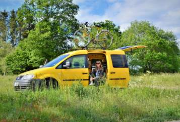 Hire a motorhome in Plettenberg from private owners| VW Carl