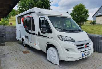 Hire a motorhome in Berg from private owners| Bürstner Fiat Ducato Muschel