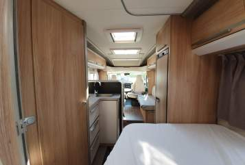 Hire a motorhome in Mainz from private owners| Knaus LUXUS AUS 2020