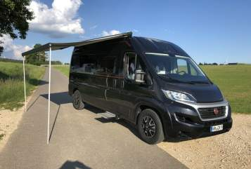 Hire a motorhome in Deining from private owners| Roller Team Sunliving