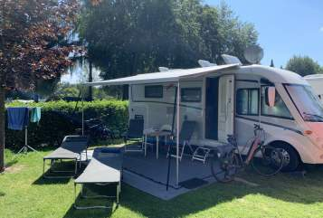 Hire a motorhome in Schöppingen from private owners| Carthago Chilly Klima