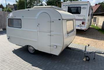 Hire a motorhome in Panketal from private owners| Qek BettToGo