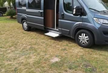 Hire a motorhome in Lübbecke from private owners  Globecar Max*neu