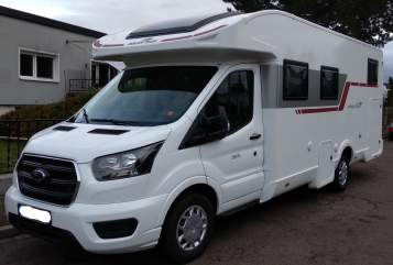 Hire a motorhome in Leipzig from private owners| Roller Team Carl