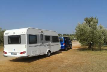 Hire a motorhome in Rattenkirchen from private owners| Knaus Knaus Südwind Stockbetten