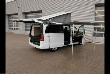 Hire a motorhome in Freiburg im Breisgau from private owners| Mercedes Benny Polo