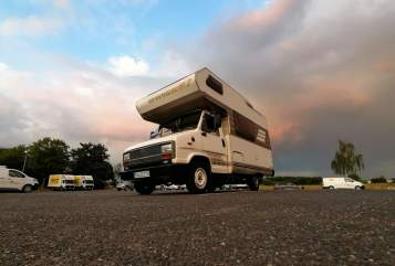 Hire a motorhome in Bonn from private owners| Hymer Fienchen