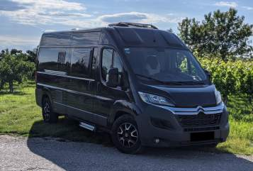 Hire a motorhome in Erding from private owners| Pössl Bus