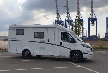 Hire a motorhome in Hamburg from private owners| Fiat Vince