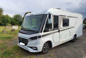 Hire a motorhome in Hungen from private owners| Knaus Meggy Deluxe