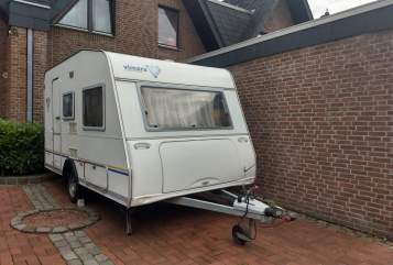 Hire a motorhome in Hückelhoven from private owners| Knaus Vimara WoWa 2 Go