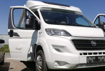 Hire a motorhome in Kiel from private owners  carrado 447 T carado 447 T