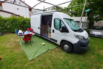 Hire a motorhome in Nürnberg from private owners| Citroen  Theo