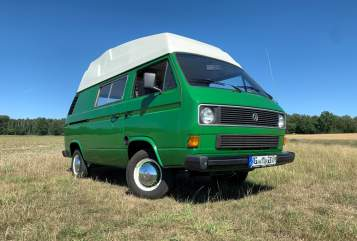 Hire a motorhome in Dresden from private owners| VW Rocket
