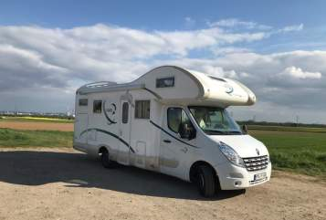 Hire a motorhome in Kelkheim from private owners| Renault Schneckenhaus