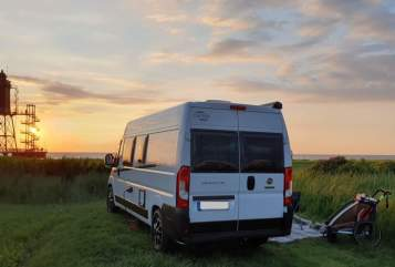 Hire a motorhome in Hannover from private owners| Carado Vlow Hannover