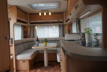 Hire a motorhome in Hennef from private owners| Knaus Fritzi