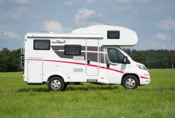 Hire a motorhome in Darmstadt from private owners| Sunlight DADA Sunlight
