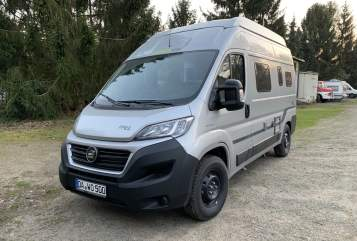 Hire a motorhome in Darmstadt from private owners| Hymer Silber Flitzer