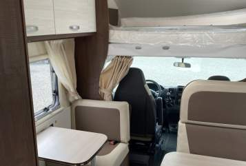 Hire a motorhome in Heidesheim am Rhein from private owners| Forster Mark