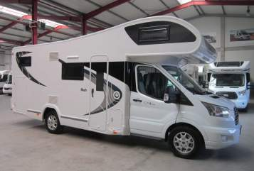 Hire a motorhome in Wallern an der Trattnach from private owners| Chaussson Chausson Flash
