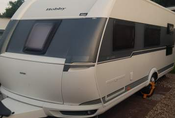 Hire a motorhome in Itzehoe from private owners  Hobby Traumwohnwagen