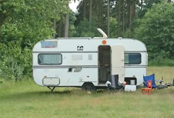 Hire a motorhome in Lübeck from private owners| Knaus Wohni 2.0