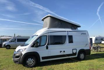 Hire a motorhome in Lübeck from private owners| Pössl UnsOle