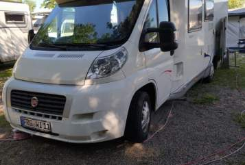 Hire a motorhome in Germering from private owners| Fiat Frida