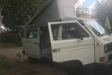 Hire a motorhome in Glinde from private owners| VW Coast Camper