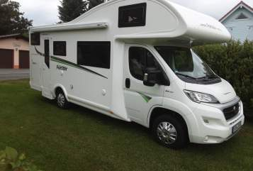 Hire a motorhome in Michelstadt from private owners| Forster Livi