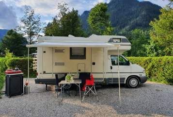 Hire a motorhome in Düsseldorf from private owners| VW  T4