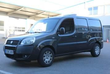 Hire a motorhome in Leinfelden-Echterdingen from private owners  Fiat Luigi